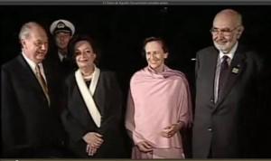 Ricardo Lagos y Agustín Edwards con sus esposas