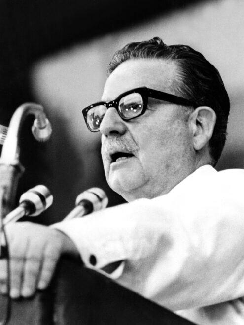 """EEUU calificó de """"doloroso y maloliente triunfo"""", el de Allende en Chile hace 50 años, según cables"""