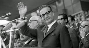"""Allende: """"Entonces ¿dónde está la democracia?"""""""