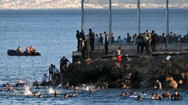 Chantaje migratorio, la estrategia triunfal de Marruecos para poner a España contra las cuerdas