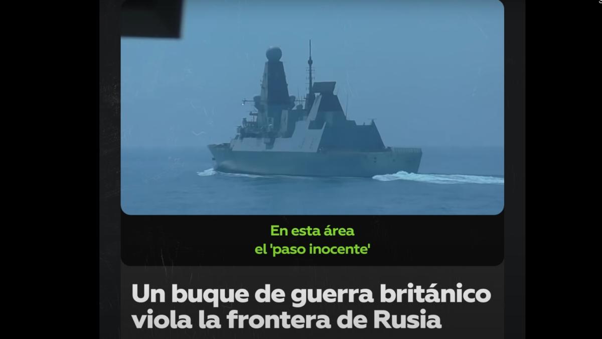 Rusia saca a cañonazos a barco de guerra ingles de las costas de Crimea