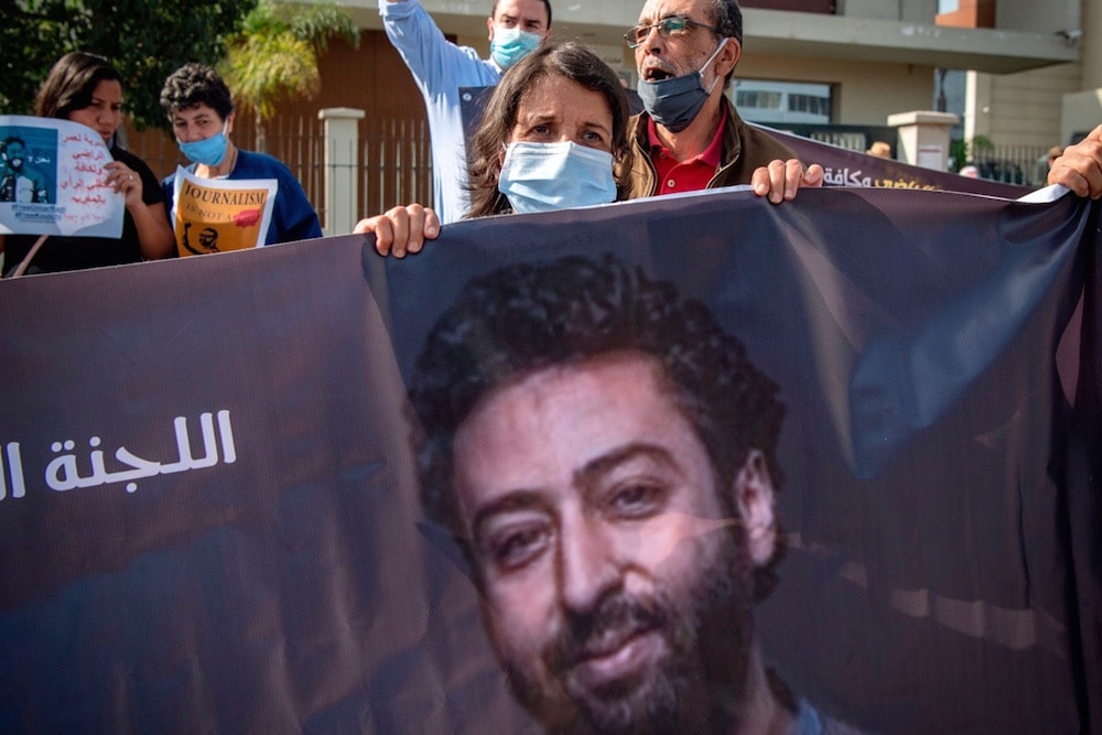 Marruecos se vale de trucos para reprimir a periodistas y los organismos internacionales nada dicen