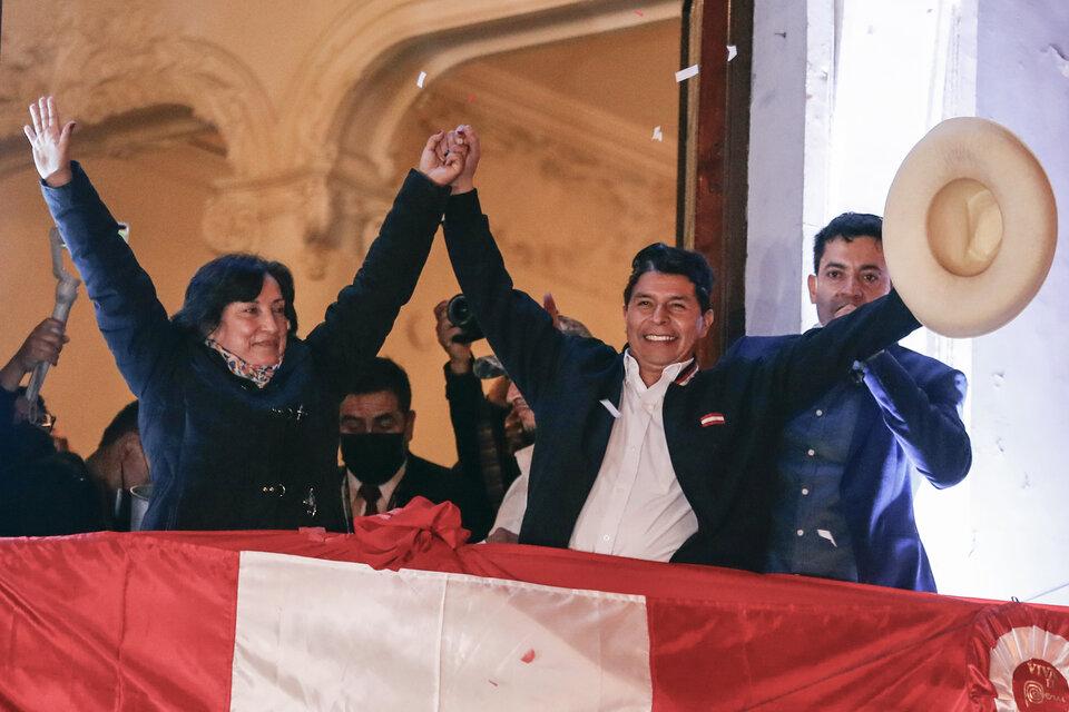 Cambio histórico en Perú: Pedro Castillo fue proclamado presidente electo