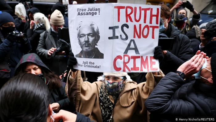 ¿Cae el caso de EE.UU. contra Assange? Testigo clave provoca terremoto en torno a WikiLeaks