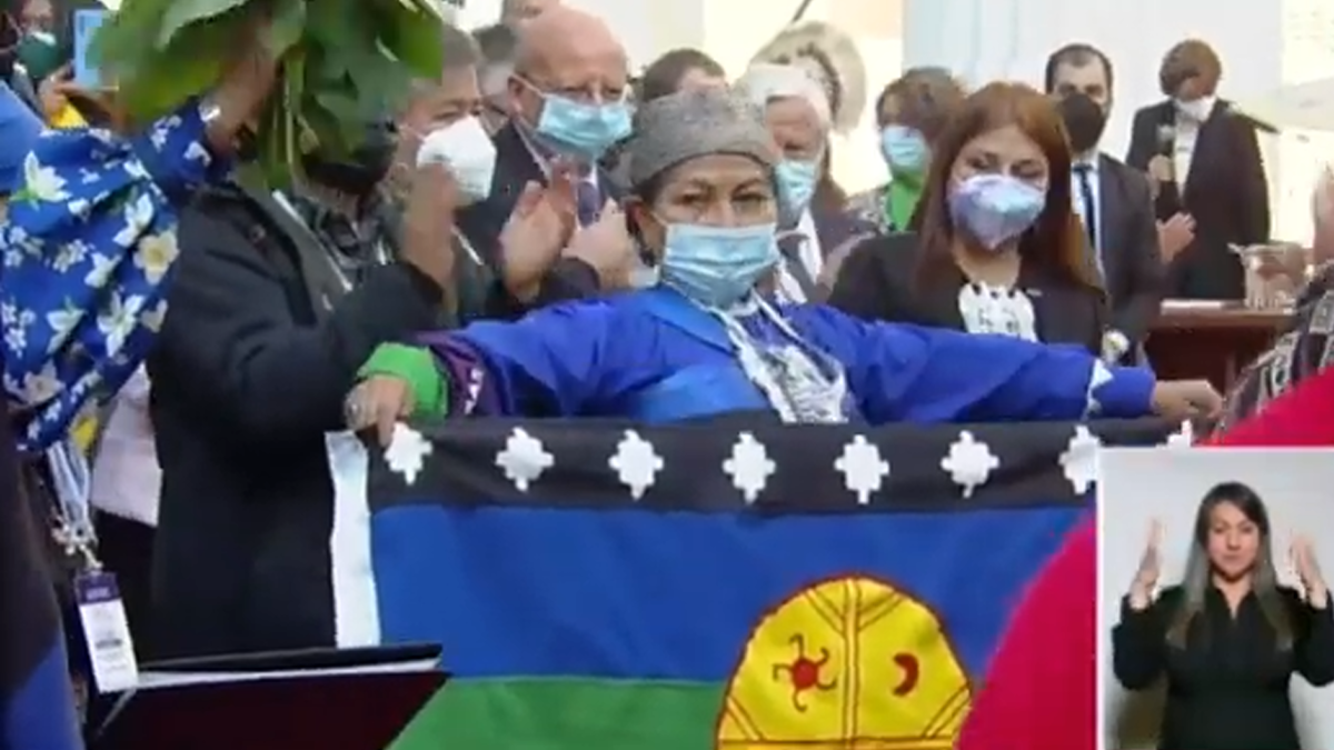 Elisa Loncón, mujer, mapuche, Presidenta de la Convención Constituyente. Discurso completo