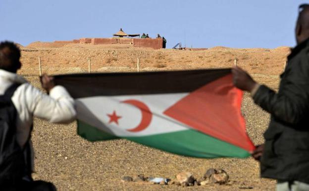 """""""La descolonización del Sáhara Occidental es un grave asunto pendiente de nuestra Transición a la democracia"""""""
